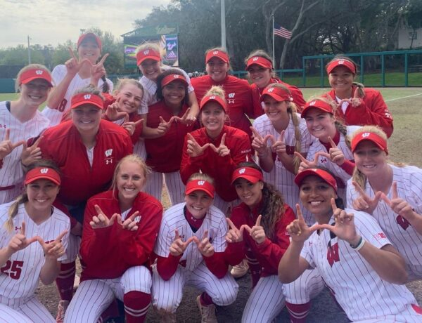 Softball seniors will not be allowed to return at Wisconsin